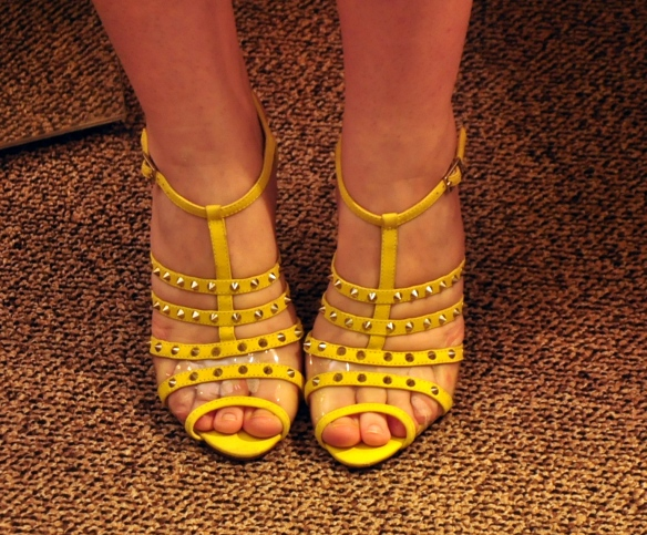 Sandália amarela Schutz