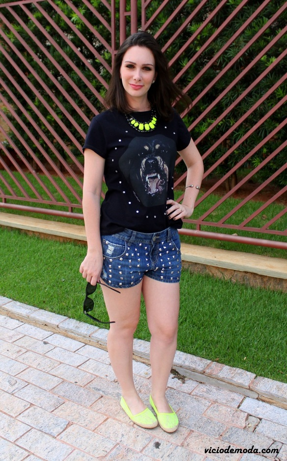 Camiseta rottweiler Givenchy inspired e alpargata neon 2