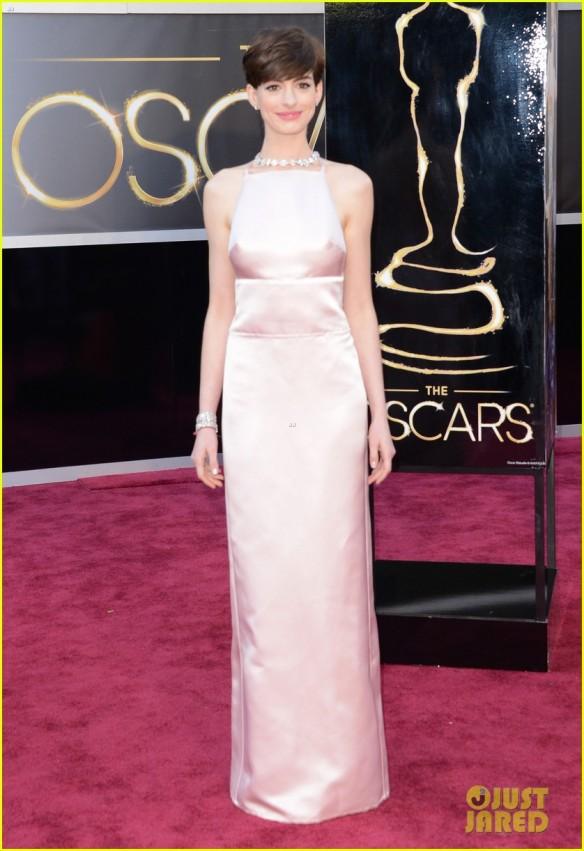 Look da Anne Hathaway 2 - Oscar 2013