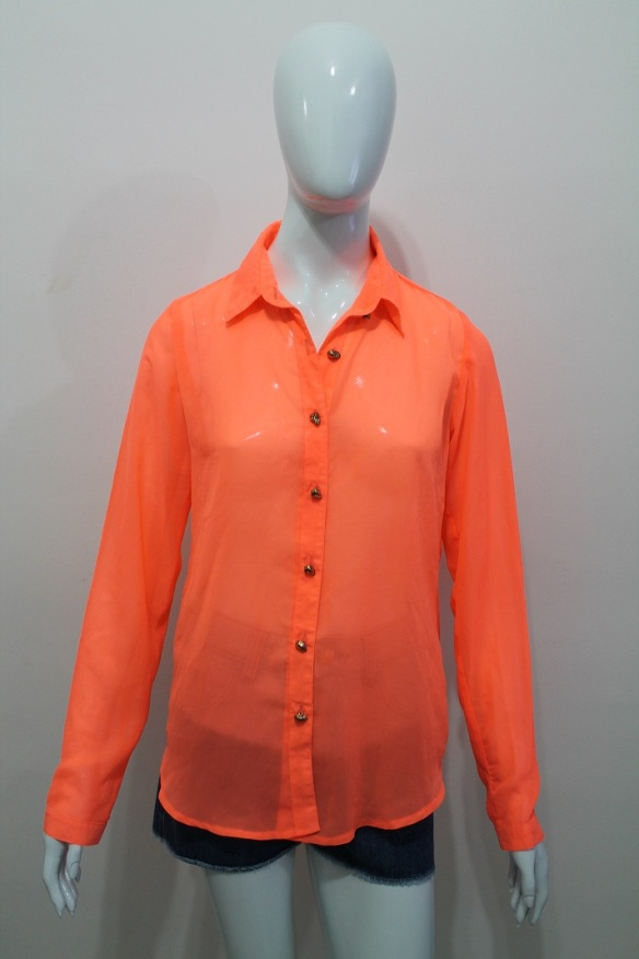 Camisa laranja neon
