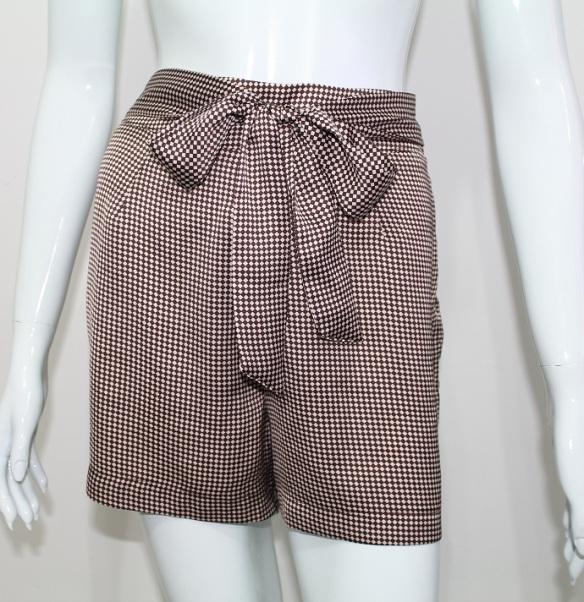 Short de cintura alta com laço